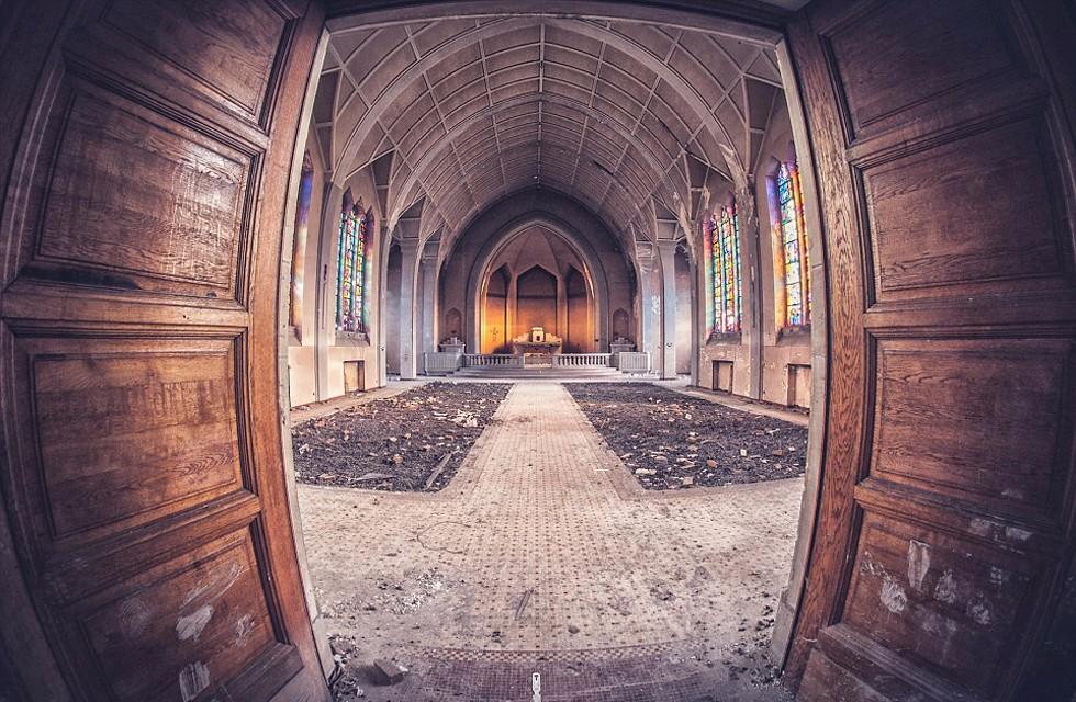 废弃的教堂