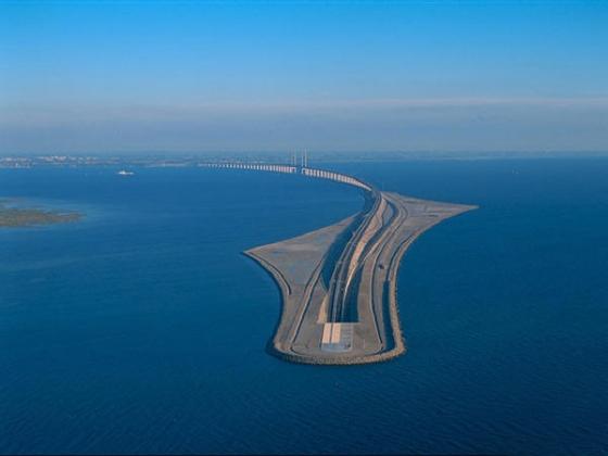 松德海峡大桥