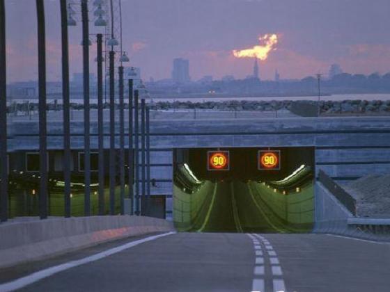 人工岛隧道入口